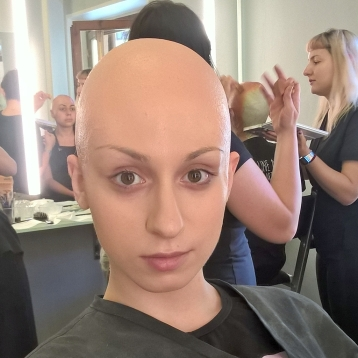 Bald cap application and colori